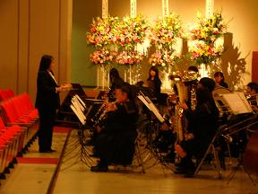 吹奏楽部による校歌の演奏
