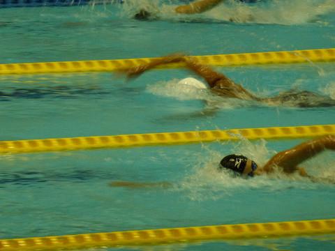 女子100m自由形予選