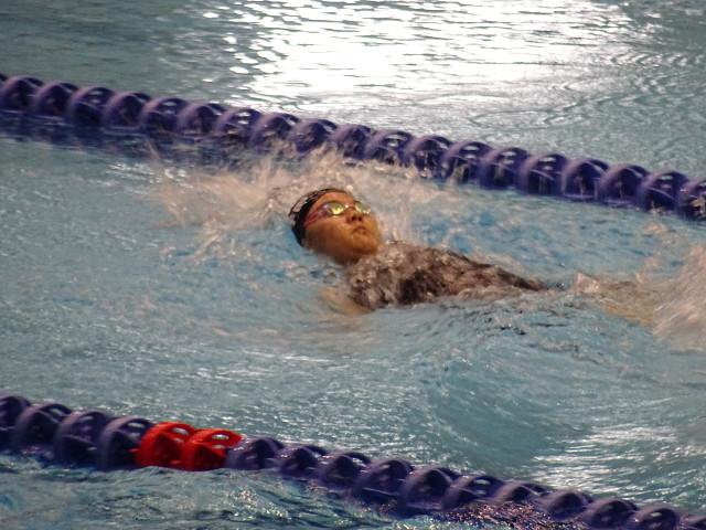 女子100m背泳ぎ