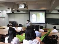 ミニ講義の様子(9コースがそれぞれミニ講義を開講。大学の授業の雰囲気を味わってみて!)