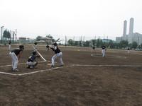 本学キャンパスで男子ソフトボール部が高崎経済大学と試合も。オープンキャンパスを盛り上げてくれました。
